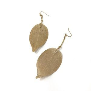 Gold Delicated Leaf Earrings